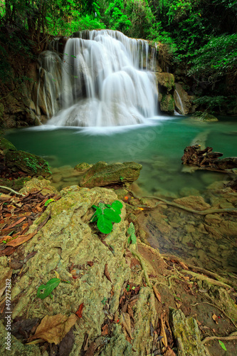 Fototapeten Wasserfalle Waterfall in tropical forest, west of Thailand