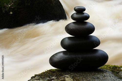 Doppelrollo mit Motiv - Zen Steinskulptur