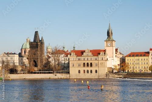 Staande foto Praag Blick über die Moldau auf die Prager Altstadt