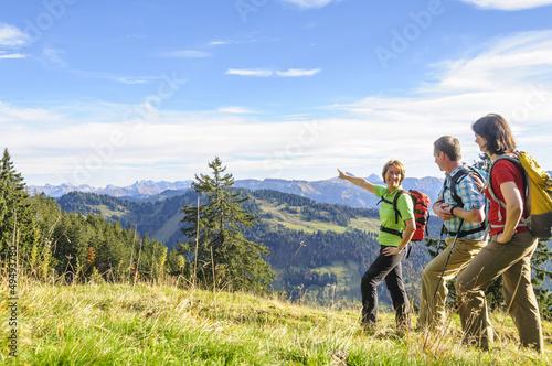 Fotografie, Obraz  Ausblick in die Allgäuer Alpen beim Wandern