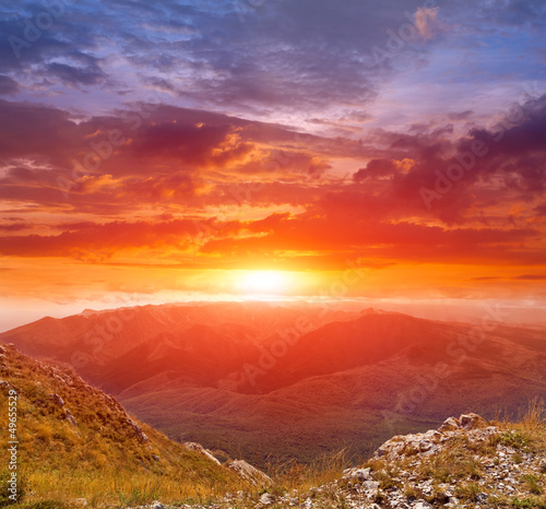 Keuken foto achterwand Rood traf. sunset in mountains