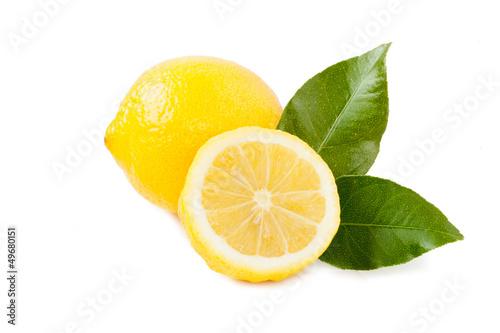 Obraz Lemon isolated on white background - fototapety do salonu