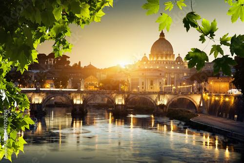 fototapeta na ścianę widok na Tyber i St Peter Bazylika w Watykanie