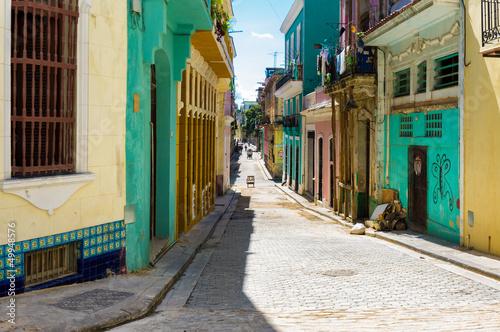 Poster de jardin Havana Colorful street in Old Havana