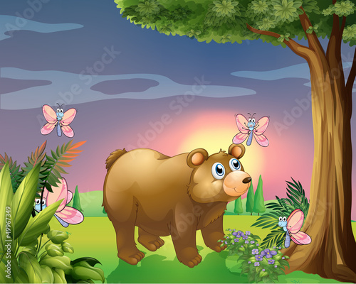 Foto op Aluminium Vlinders A bear under the tree with four butterflies