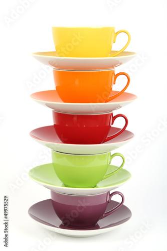piec-roznych-filizanek-kawy
