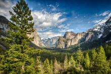 Tunnel View In Yosemite Nation...