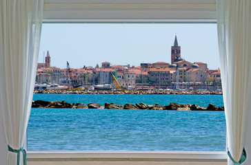 Fototapeta alghero and window