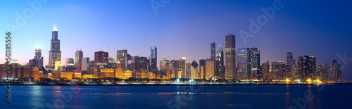 Fotobehang Chicago Chicago skyline panorama across Lake Michigan at sunset, IL, USA