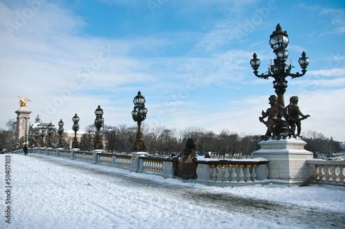 Poster Paris pont Alexandre III à Paris sous la neige