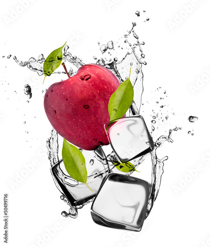 Poster Eclaboussures d eau Red apple with ice cubes, isolated on white background