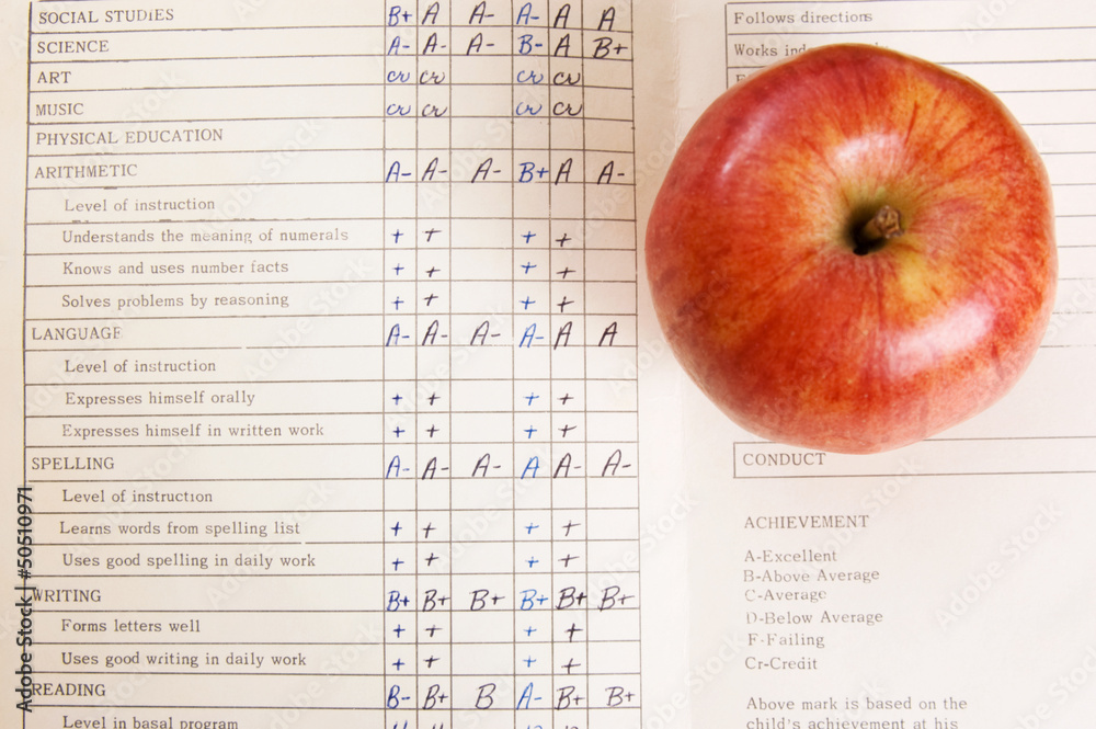 Fototapety, obrazy: Apple on a vintage report card