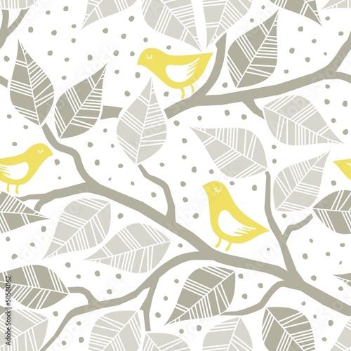zolte-ptaki-brazowe-liscie-na-galeziach-nie