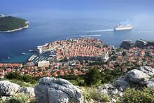 Leaving Harbour 2 Dubrovnik