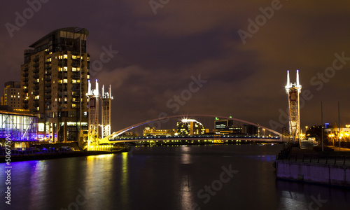 Photo  Salford Quays at night
