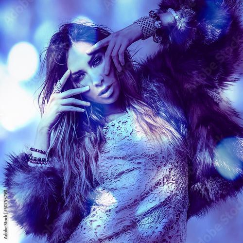 Fototapety, obrazy: Beautiful fashion woman. Color face art photo toned blue.