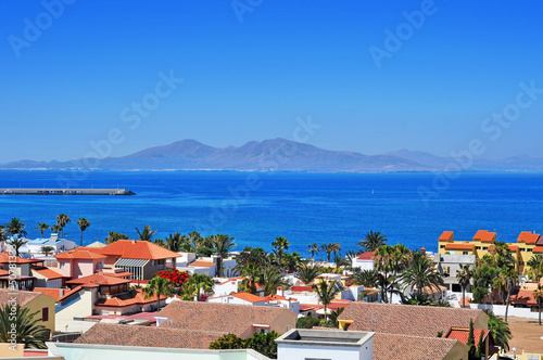 Tuinposter Canarische Eilanden Lobos Island from Corralejo in Fuerteventura, Canary Islands, Sp