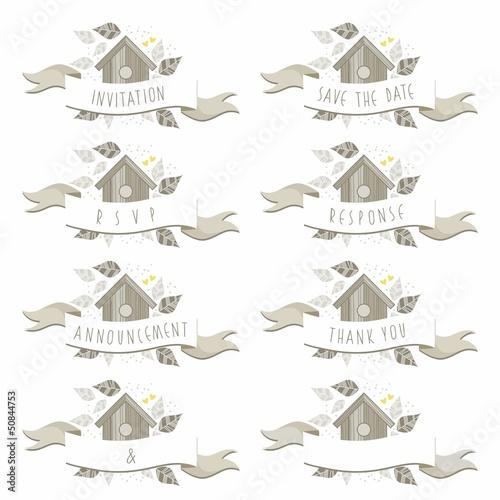 Fototapeta napisy ślubne budka dla ptaków wśród liści obraz