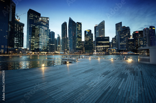 Tuinposter Singapore Singapore city in sunset time