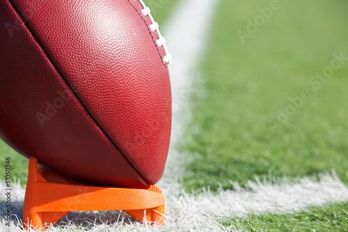 Slika na platnu American Football teed up for kickoff