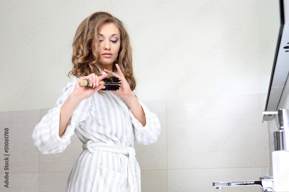 Fototapeta czesanie włosów