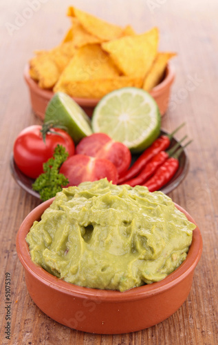 Poster Fleur guacamole with tortilla chips