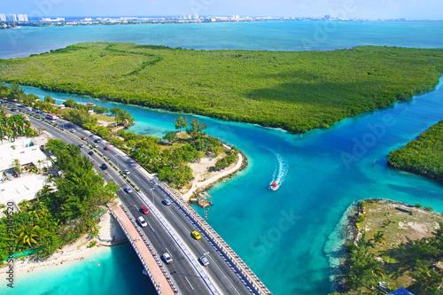 Photo vue aérienne du lagon de Cancun