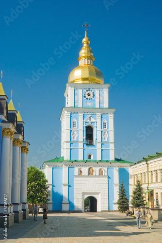 Staande foto Kiev Колокольня Михайловского Златоверхого монастыря в Киеве