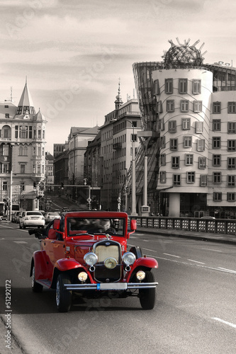 Papiers peints Rouge, noir, blanc Red beautiful vintage cars in Prague