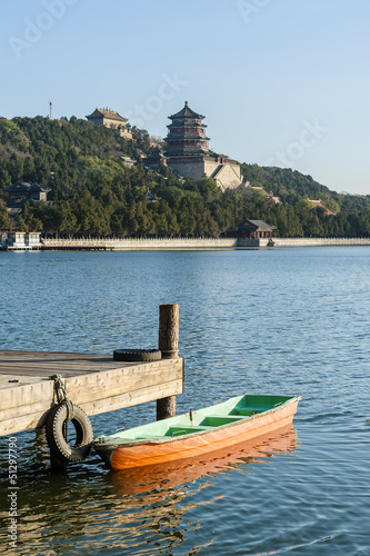 Foto op Aluminium Beijing A small boat in Kunming lake of Summer Palace, Beijing