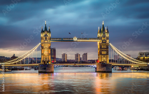 Photo sur Toile Londres Tower bridge sunset