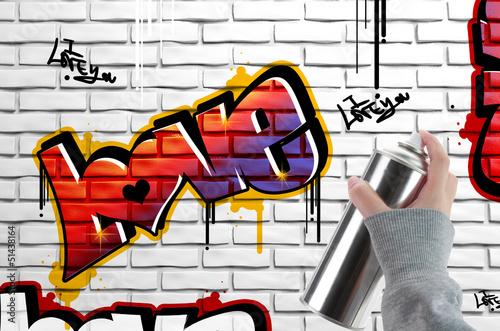 uwielbiam-graffiti-na-mur-z-cegly