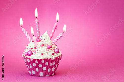 Fototapeta Pink birthday cupcake