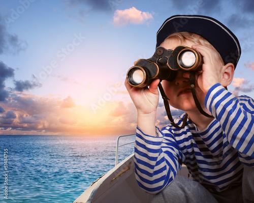 Fényképezés  Little ship boy with binocular