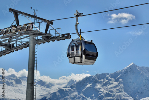 Photo sur Toile Gondoles Gondola cable car