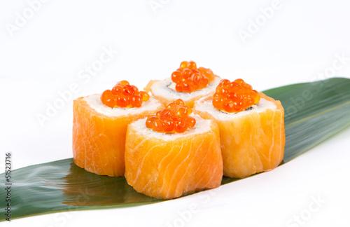 roll with caviar