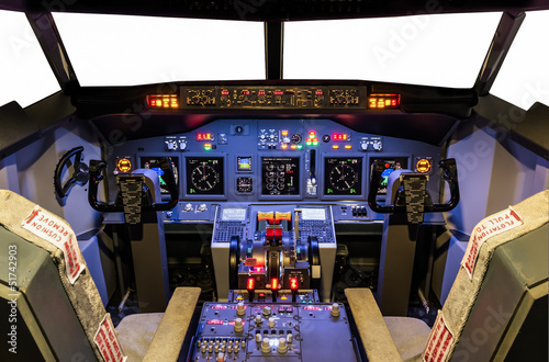 Fotografia  Cockpit of an homemade Flight Simulator - Boeing 737/800