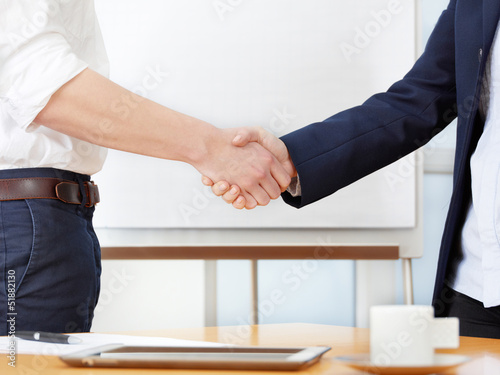 Valokuva  Business transaction - handshake