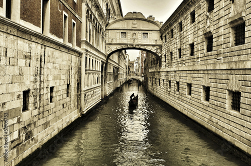 Bridge of Sighs in Venice, Italy - 51906753