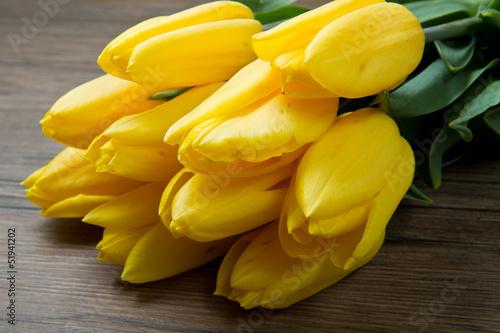 mazzo di tulipani gialli  - 51941202