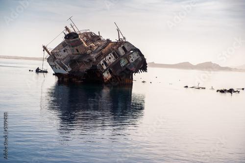 Deurstickers Schipbreuk ship wreck