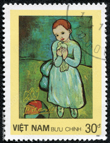 "Fotografía  stamp shows painting by Pablo Picasso ""Girl with dove"""