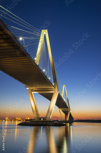charleston-sc-arthur-ravenel-suspension-bridge-south-carolina