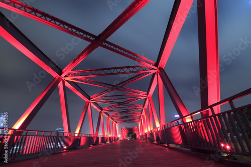 Foto op Canvas Bruggen Steel bridge close-up