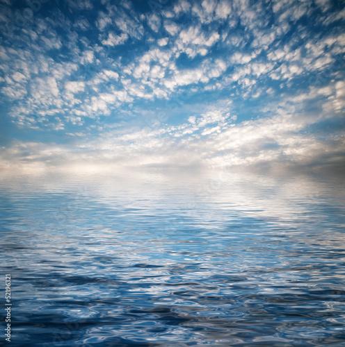Foto op Plexiglas Zee / Oceaan Blue sky and blue sea