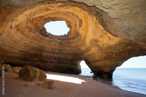 portugalia-algarve-benagil-jaskinie-morskie