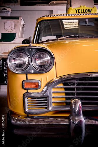 stare-klasyczne-zolte-amerykanskie-taxi