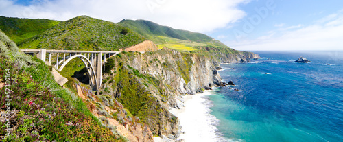 Photo  The Famous Bixby Bridge on California State Route 1