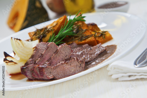 Papiers peints Steakhouse Picanha Steak with roasted veggies