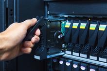 Storage System In The Data Cen...